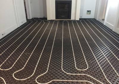 Installation de plancher chauffant à eau chaude à Hudson - Plomberie M-G SERVICE inc. à Les Côteaux